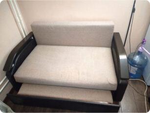 Химчистка двухместного диванчика