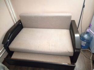 Чистка двухместного диванчика
